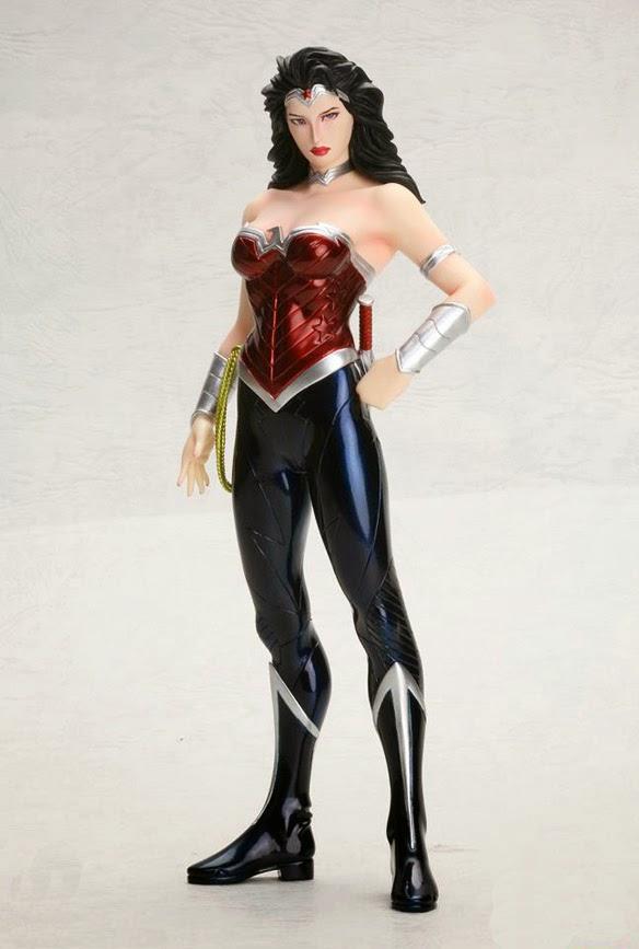 Rumerados Detalles Sobre El Traje De Wonder Woman De Gal Gadot Para Batman V Superman Dawn Of Justice Mundo Superman Tu Web Del Hombre De Acero En Espanol