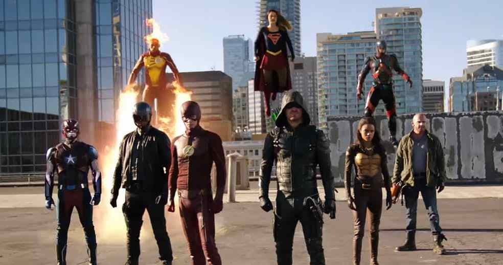 invasion-crossover-flash-supergirl-arrow-legends-feature