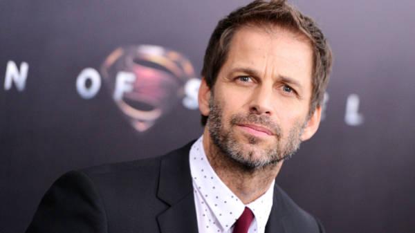 """Zack Snyder - Zack Snyder patinando en el set de """"El Hombre de Acero"""""""