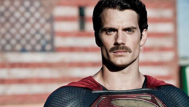 """Henry Cavill Superman Mustache 660x374 - Ryan Reynolds trolea el bigote de Henry Cavill en la """"Liga de la Justicia"""" en un nuevo vídeo"""