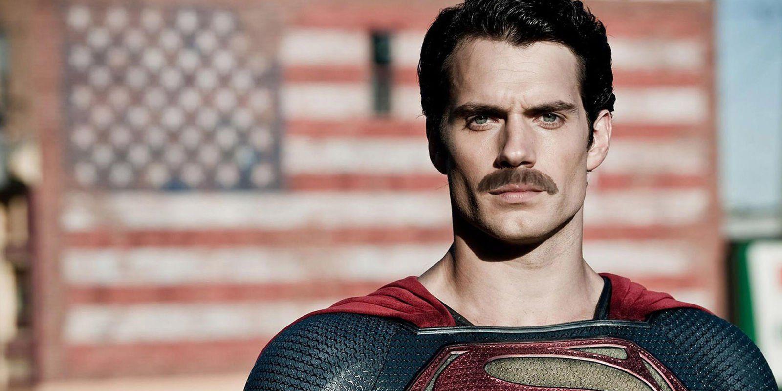 Henry Cavill Superman Mustache - Revelada una imagen de Henry Cavill con su bigote en los reshoots de la 'Liga de la Justicia'