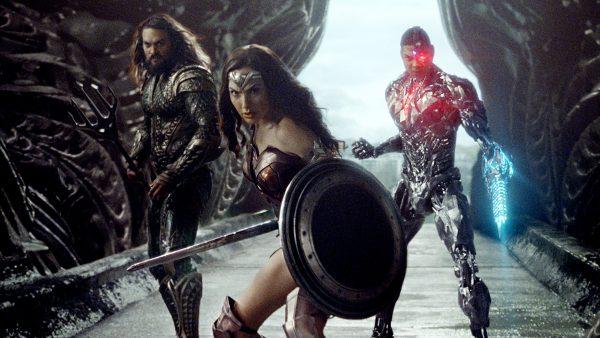 """Justice League Wonder Woman Aquaman Cyborg 600x338 - Jason Momoa comparte una foto inédita de la """"Liga de la Justicia"""""""