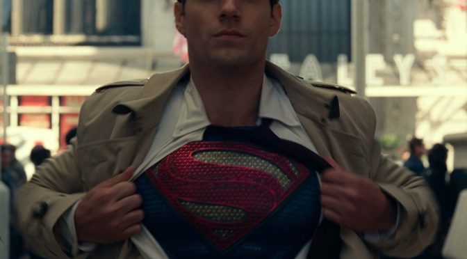 Jason Momoa dice que Henry Cavill sigue siendo Superman