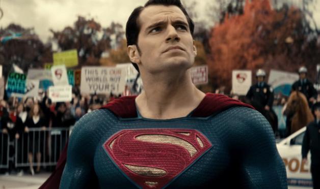 Henry Cavill habla sobre cuándo su secuela de Superman llegará