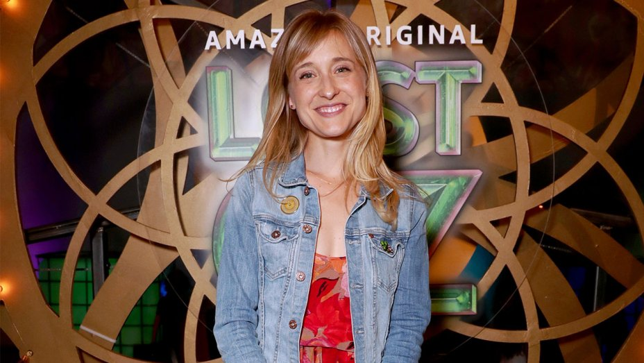 gettyimages 825365980 copy   h 2018 - Allison Mack supuestamente le dijo a una esclava sexual que podría convertirse en Wonder Woman