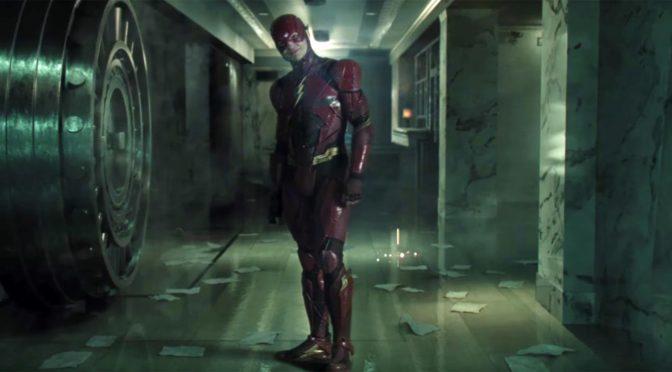 Imagen del set de la 'Liga de la Justicia' con Flash y una foto gigante de Harley Quinn