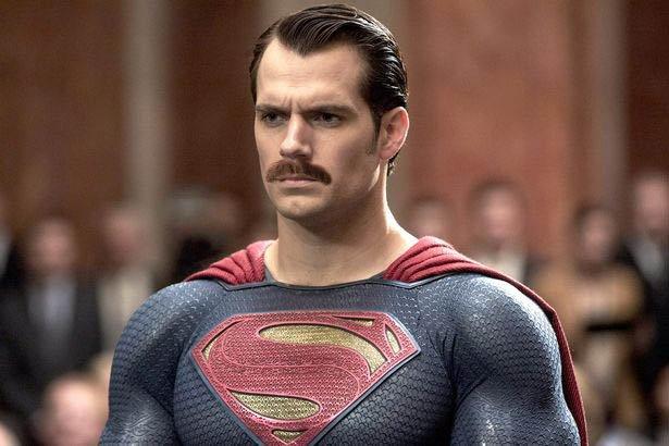 """mustache - Un fan arregla el problema del bigote de Henry Cavill en la """"Liga de la Justicia"""""""