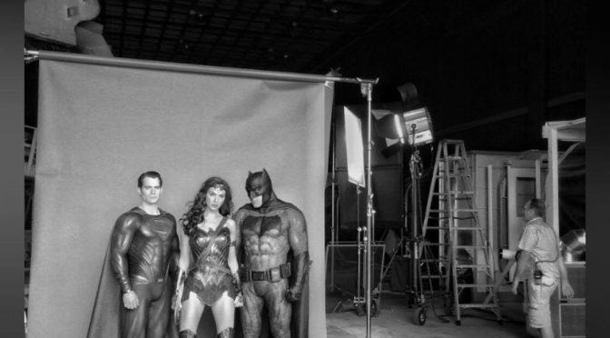 Zack Snyder comparte la foto de Batman, Wonder Woman y Superman juntos por primera vez