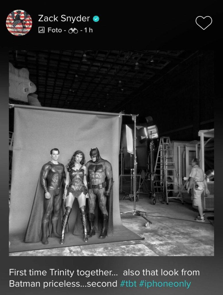 3 - Zack Snyder comparte la foto de Batman, Wonder Woman y Superman juntos por primera vez
