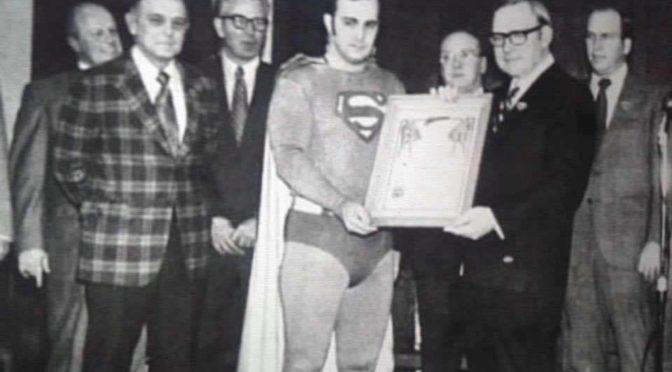 Fallece Larry Jo Davis, quien dio vida al Hombre de Acero en el Superman Museum