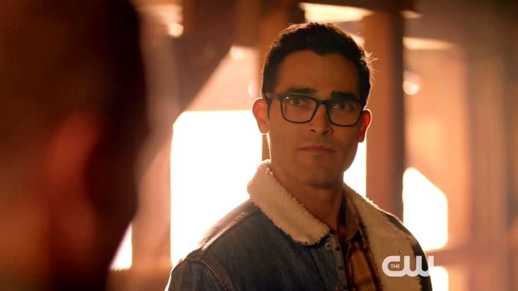 "Crossover Clark Kent - Más clips del crossover ""Elseworlds"""