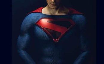 """70919134 2599980046736110 2934680745957916672 n 348x215 - Nueva foto de Brandon Routh como Clark Kent en """"Crisis en Tierras Infinitas"""""""