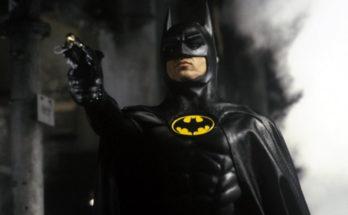 """Batman Michael Keaton Crisis On Infinite Earths 348x215 - El Batman de Michael Keaton tendrá una referencia en """"Crisis en Tierras Infinitas"""""""