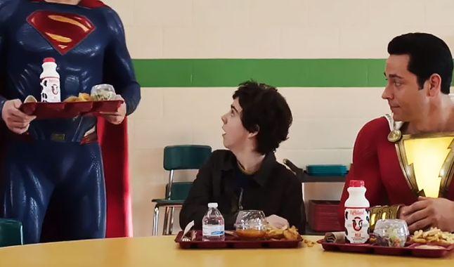 """Superman en Shazam - El director de """"Shazam!"""" añade a Henry Cavill a la escena post-crédito de la mejor manera posible"""