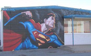 superman lawton ok mural 348x215 - Mural de Superman en una parada de camiones de Oklahoma