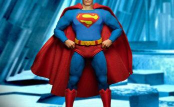 Mezco Superman One:12